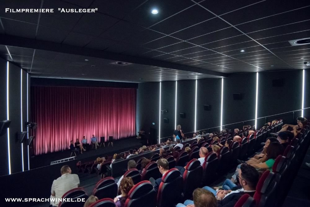 """Das Erfolgsmodel: Wir haben es geschafft """"Ausleger"""" im Kino!"""